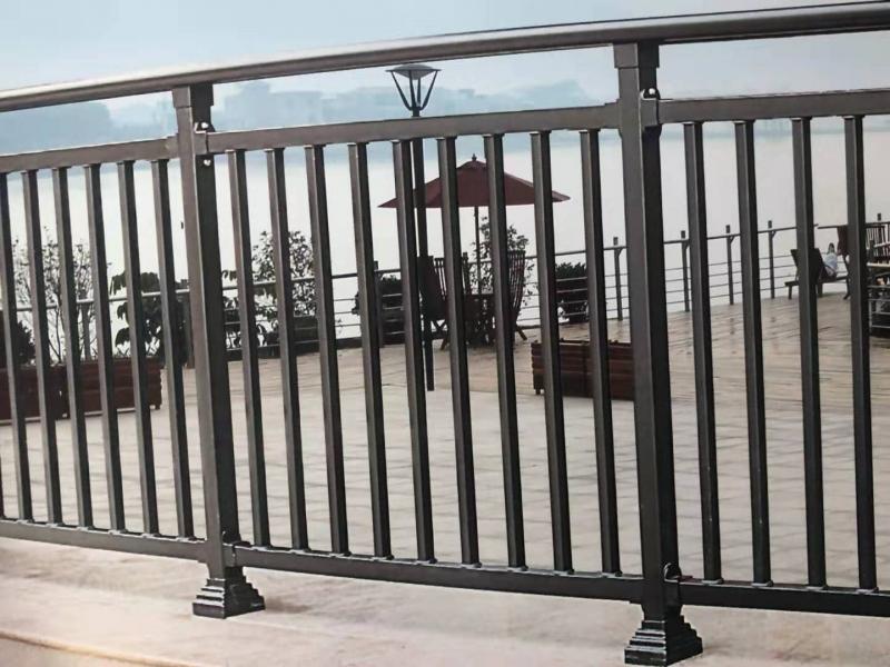 组装锌钢栏杆