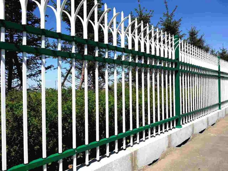 东莞锌钢围墙护栏